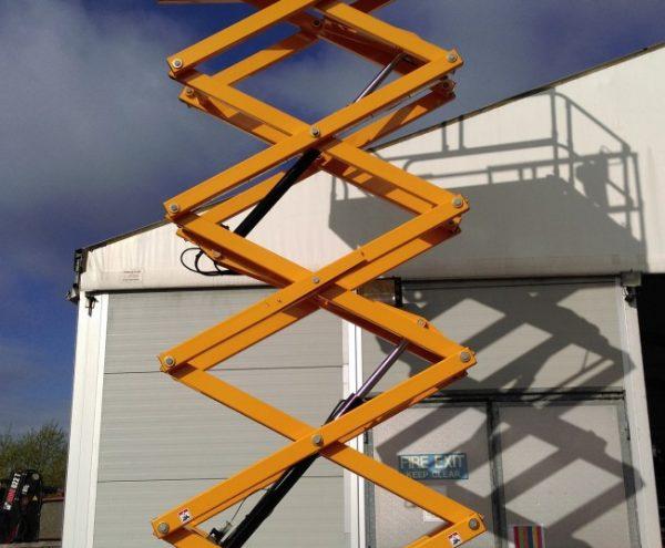 hauloutte 12 metre scissor lifts
