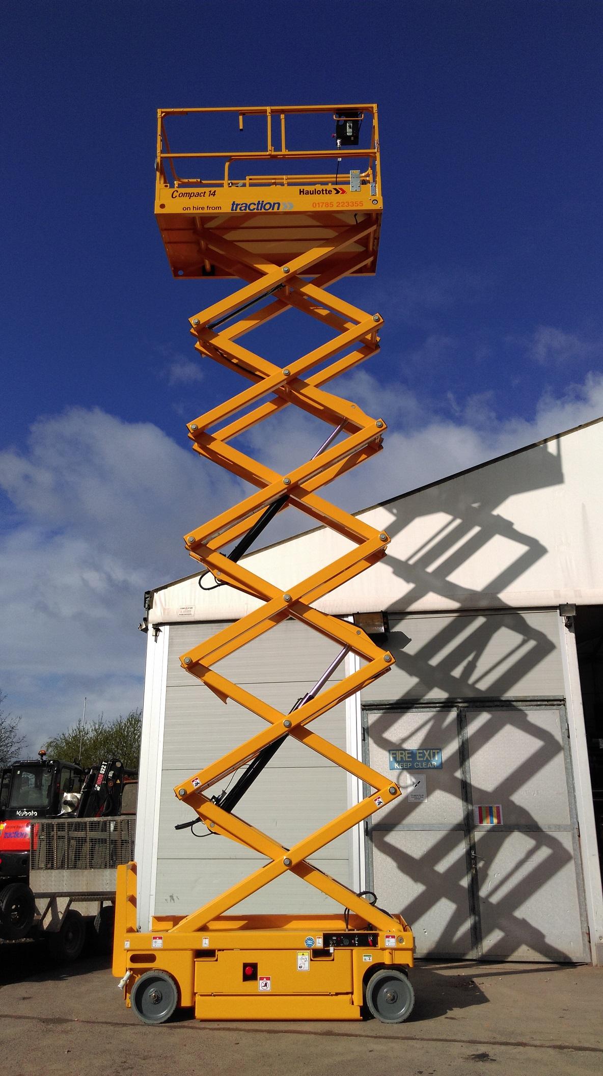 Traction Equipment - 14 Metre Scissor Lift on